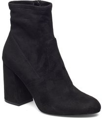 expert bootie shoes boots ankle boots ankle boot - heel svart steve madden