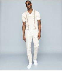 reiss vega - embroidered cuban collar polo shirt in ecru, mens, size xxl