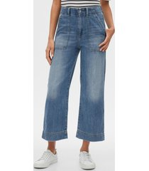 jeans tiro alto wide leg medium wash azul gap