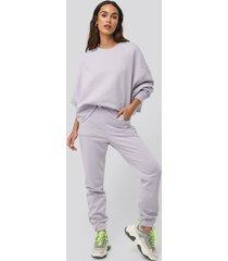 na-kd buckle elasticated waist joggers - purple