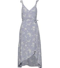 cami wrap midi knälång klänning abercrombie & fitch