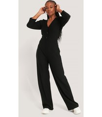 na-kd jumpsuit med puffärm - black
