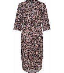 sl zaya dress knälång klänning multi/mönstrad soaked in luxury