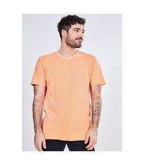 camiseta manga curta em malha piquet