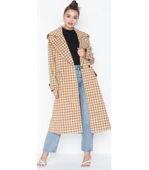 glamorous checkered coat kappor