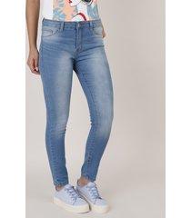 calça de sarja feminina skinny azul claro