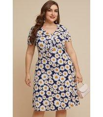 yoins plus talla azul marino estampado floral escote en v manga corta vestido