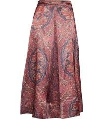 classy knälång kjol rosa by ti mo