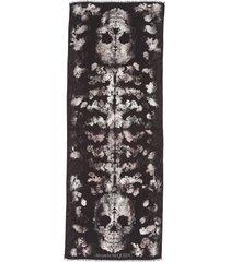women's alexander mcqueen skull spine jacquard wool scarf, size one size - black