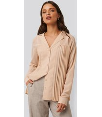 na-kd classic pleated blouse - pink