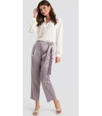 trendyol belt satin trousers - purple