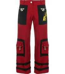 gcds buckle strap detail cropped trousers - red