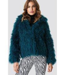 na-kd faux fur short jacket - green