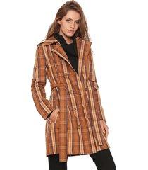 casaco trench coat colcci xadrez caramelo