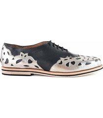 zapato negro briganti mujer clavel