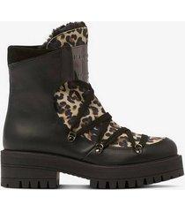 boots chris 6570