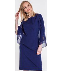 szyfonowa sukienka z rozłożystymi rękawami