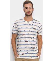 camiseta colcci listras tropical masculina