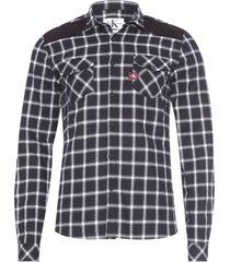 camisa masculina xadrez veludo ombro - preto