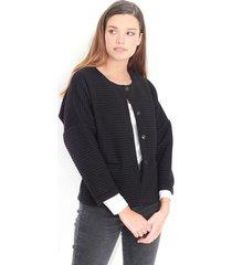 chaqueta desestructurada color negro, manga larga, cuello redondo, botones delanteros color-negro-talla-l