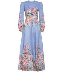 bellitude floral long dress in cornflower floral