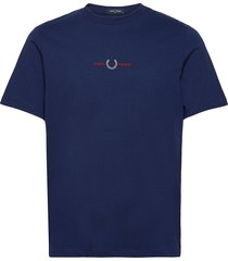 embroidered tee t-shirts short-sleeved blå fred perry