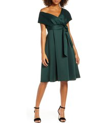 chi chi london edel cocktail dress, size 4 in teal at nordstrom