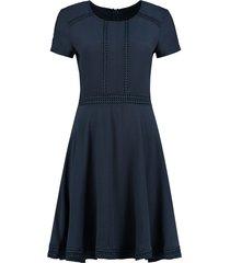donker blauwe dames jurk nikkie - renata dress - n5-271 19047800