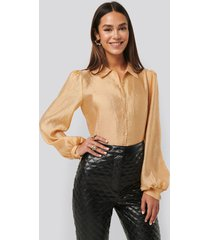 na-kd trend structured organza balloon sleeve blouse - yellow,gold