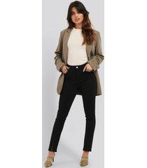 na-kd skinny jeans med slits fram - black