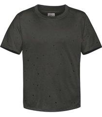 camiseta oversized spice