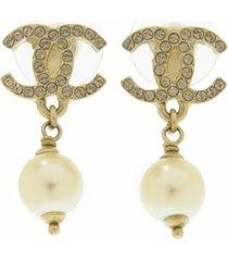 chanel cc faux pearl drop earrings gold, white sz: