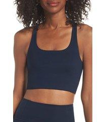women's girlfriend collective paloma sports bra, size medium - blue
