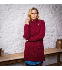 the moy cable coat wine m