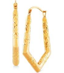 textured v-shape hoop earrings in 14k gold