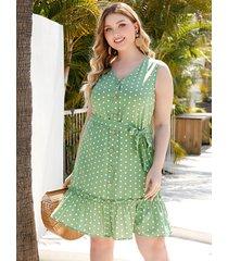 vestido sin mangas con cuello en v y lunares con diseño de cinturón verde