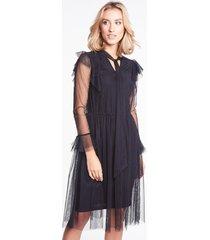 czarna sukienka tiulowa