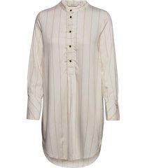 nubahira long shirt overhemd met lange mouwen crème nümph