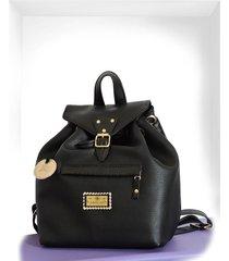 mochila  negra isabella cruz carteras
