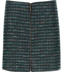 falda corta tejida color azul, talla 8