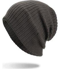 cappello lavorato a maglia in velluto di lana a tinta unita da uomo