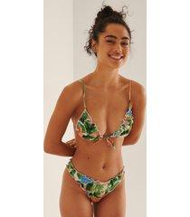 na-kd swimwear bikinibyxa med hög skärning och rynk - multicolor