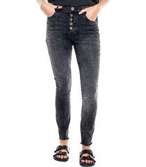 high waist black denim skinny jeans con botonadura delantera y ruedo desflecado color blue