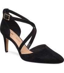 laina85 cross shoes heels pumps classic svart clarks