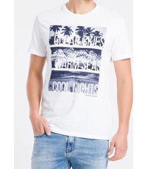 camiseta masculina estampa praia branca calvin klein jeans - pp