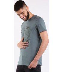 camiseta gris 19 con apliques en metal para hombre