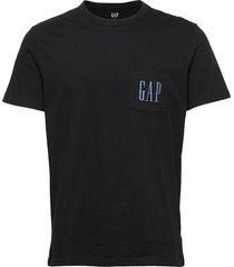gap logo pocket t-shirt t-shirts short-sleeved svart gap