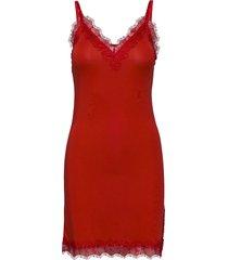 strap dress bodies slip röd rosemunde