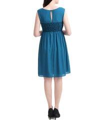 women's kimi and kai sade lace & mesh maternity dress, size small - blue