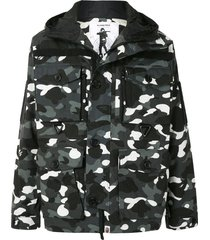 a bathing ape® multi-pocket camouflage-print jacket - grey